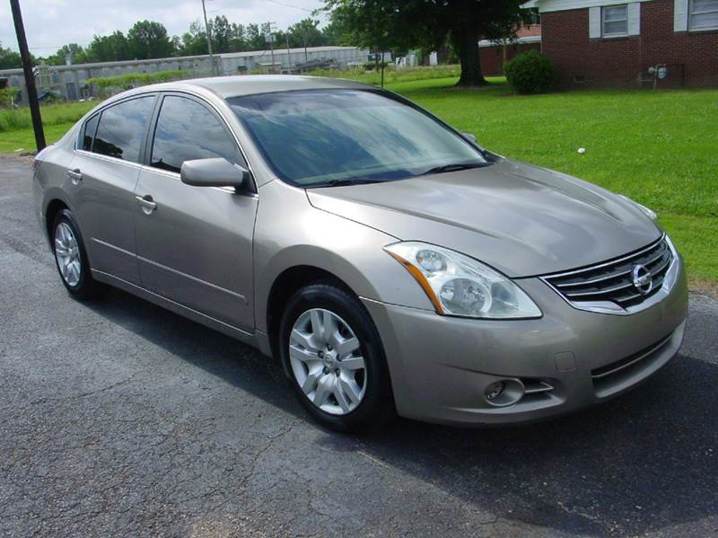 2012 Nissan Altima 2.5 S 4dr Sedan - Savannah TN