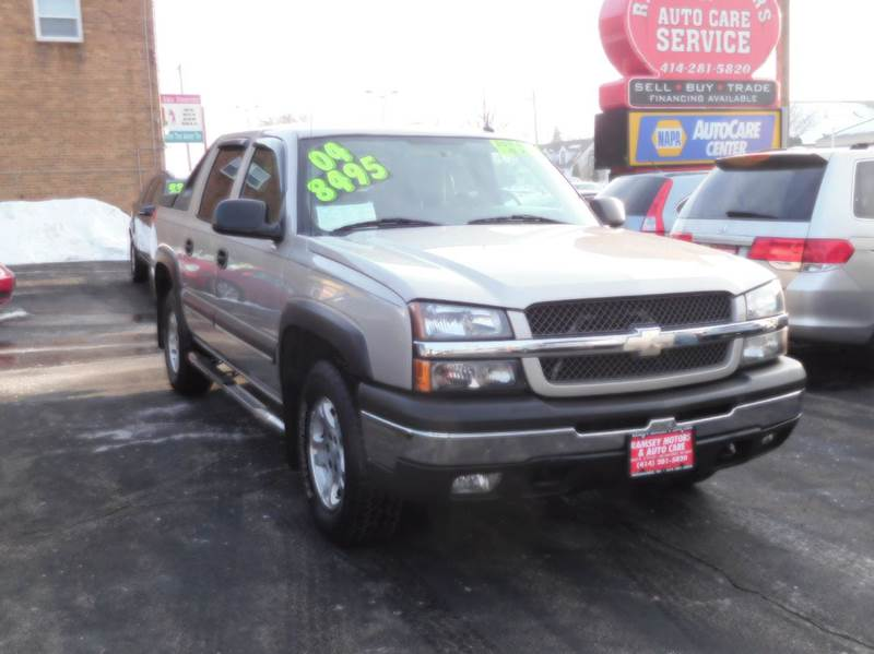 used chevrolet avalanche for sale in milwaukee wi. Black Bedroom Furniture Sets. Home Design Ideas