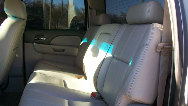 2013 Chevrolet Silverado 2500HD 4x4 LTZ 4dr Crew Cab SB - Wichita KS
