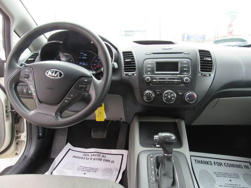 2015 Kia Forte LX 4dr Sedan 6A - Denver CO