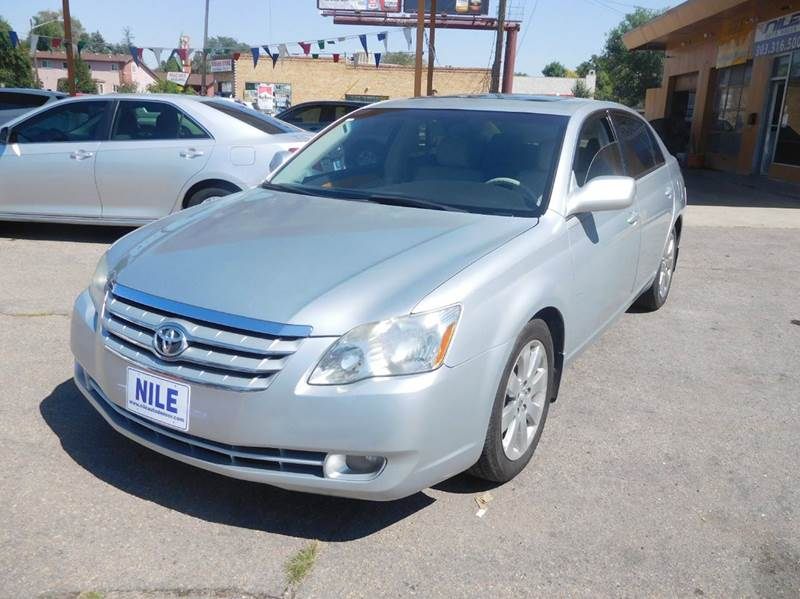 2006 toyota avalon limited 4dr sedan in denver co nile. Black Bedroom Furniture Sets. Home Design Ideas