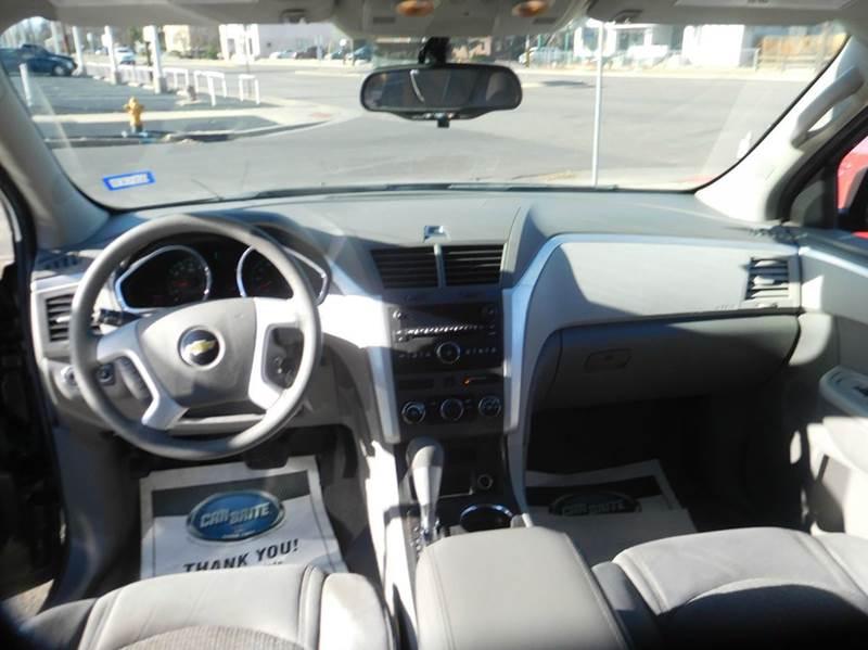 2011 Chevrolet Traverse LS 4dr SUV - Denver CO