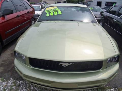2005 Ford Mustang for sale in Garden City, MI