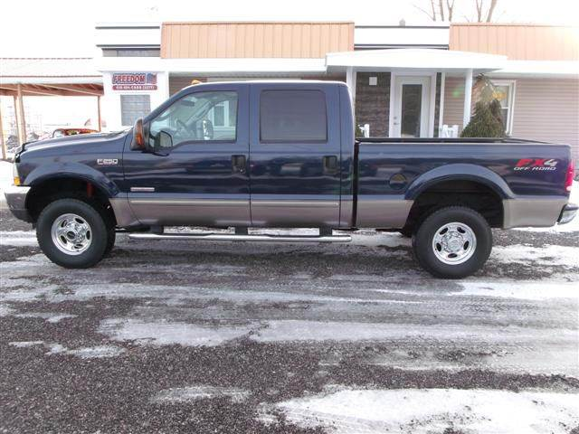 2003 ford f 250 super duty 4dr crew cab lariat 4wd sb in bellevue oh freedom auto mart. Black Bedroom Furniture Sets. Home Design Ideas