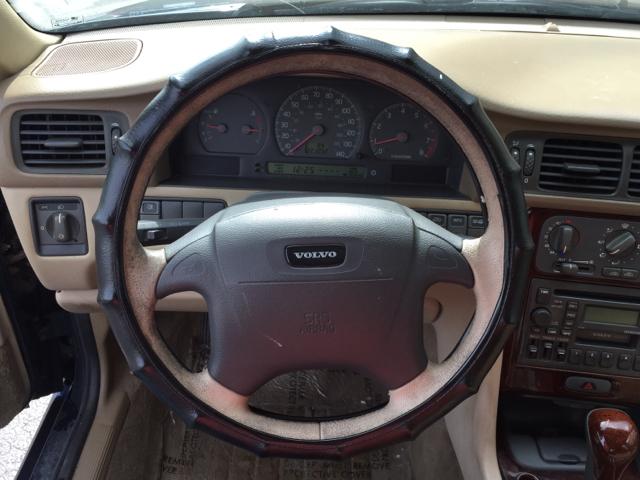 2000 Volvo S70 SE 4dr Sedan - Shrewsbury MA