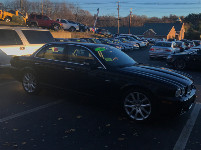 2008 Jaguar XJ-Series XJ8 4dr Sedan - Shrewsbury MA