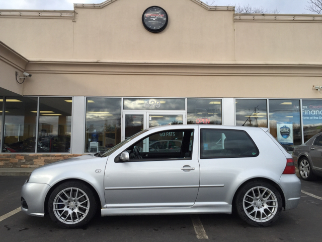 volkswagen  base awd dr hatchback  shrewsbury ma choice auto center