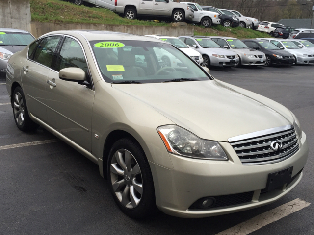 2006 Infiniti M35 Base AWD 4dr Sedan - Shrewsbury MA