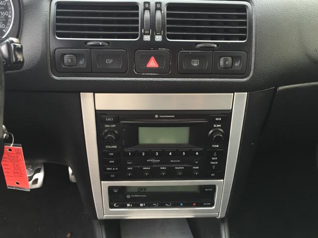 2004 Volkswagen R32 Base AWD 2dr Hatchback - Shrewsbury MA