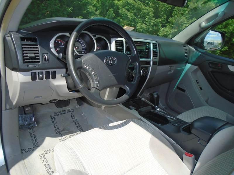 2004 Toyota 4Runner SR5 4WD 4dr SUV - Chantilly VA