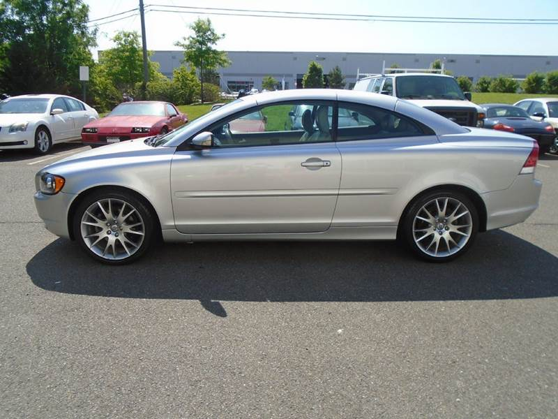 2006 Volvo C70 T5 2dr Convertible - Chantilly VA
