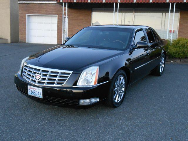 2007 Cadillac Dts Performance 4dr Sedan In Lynnwood