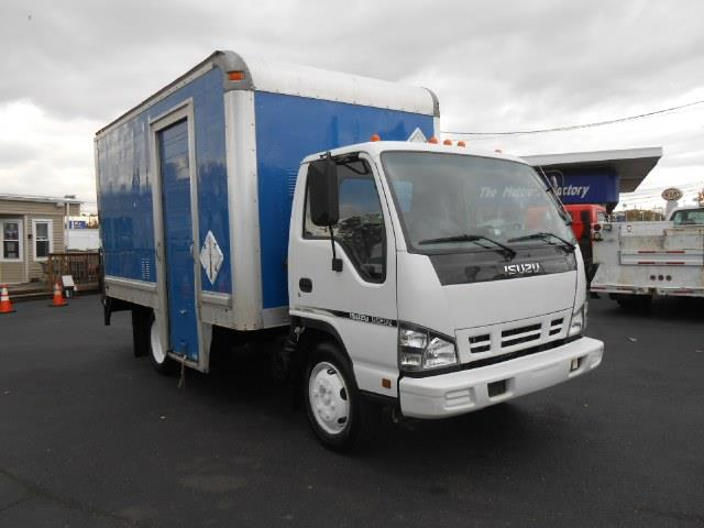 2007 Isuzu NQR for sale in Langhorne PA
