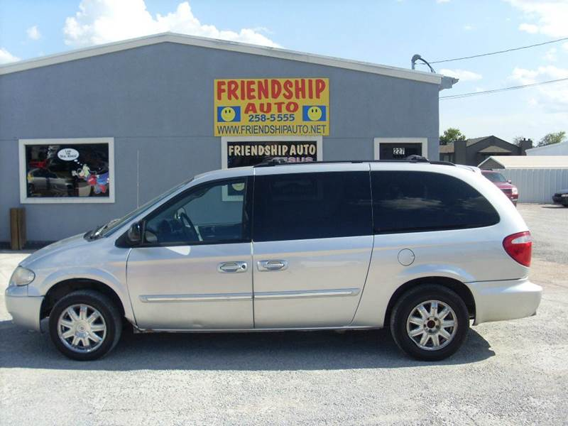 2006 chrysler town and country touring 4dr extended mini van in broken arrow ok friendship. Black Bedroom Furniture Sets. Home Design Ideas