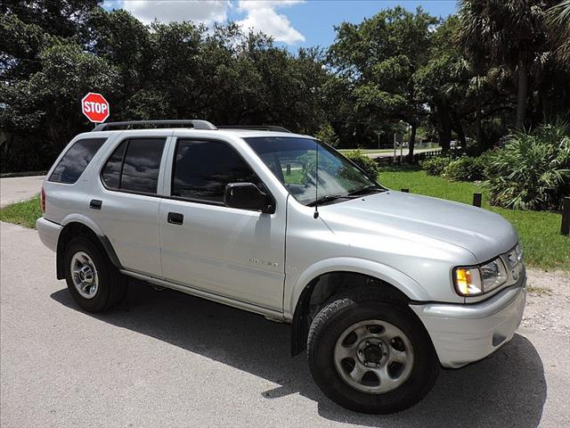2000 Isuzu Rodeo for sale in MIRAMAR FL