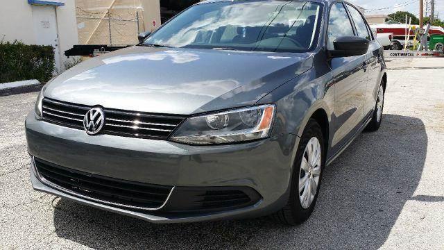 2014 Volkswagen Jetta for sale in POMPANO BEACH FL