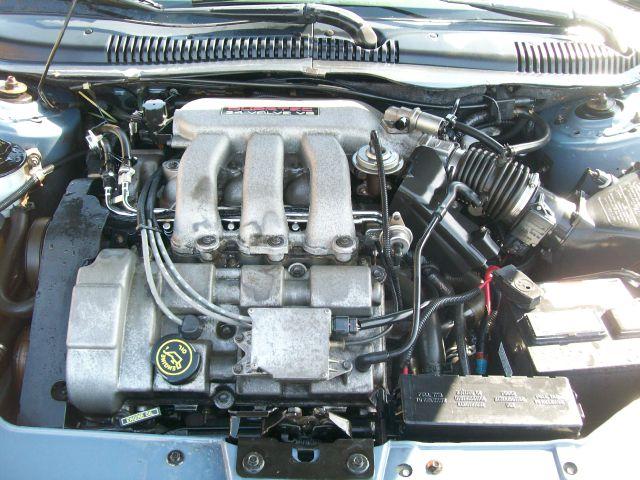 1999 Ford Taurus SE - SHEBOYGAN WI
