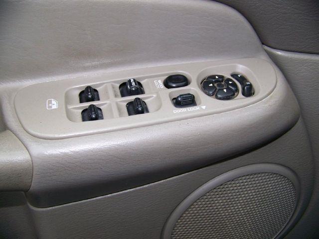 2004 Dodge Ram Pickup 2500 SLT Quad Cab 4WD - ROCHESTER NY