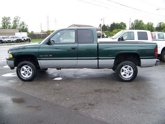 1999 Dodge Ram Pickup 1500 Sport - ROCHESTER NY