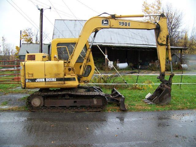 1998 John Deere 190E Excavator  - ROCHESTER NY