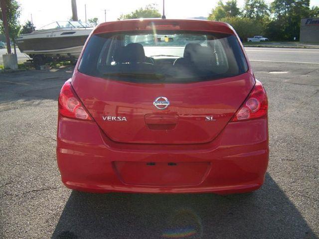 2010 Nissan Versa SL - ROCHESTER NY