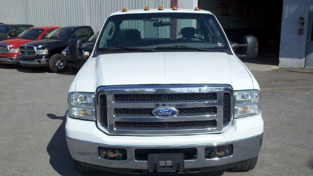 2005 Ford F-350 XLT - ROCHESTER NY