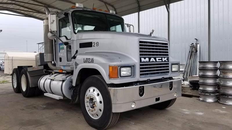 2007 Mack Ch 613