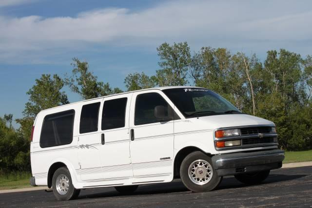1999 Chevrolet Express for sale in Olathe KS