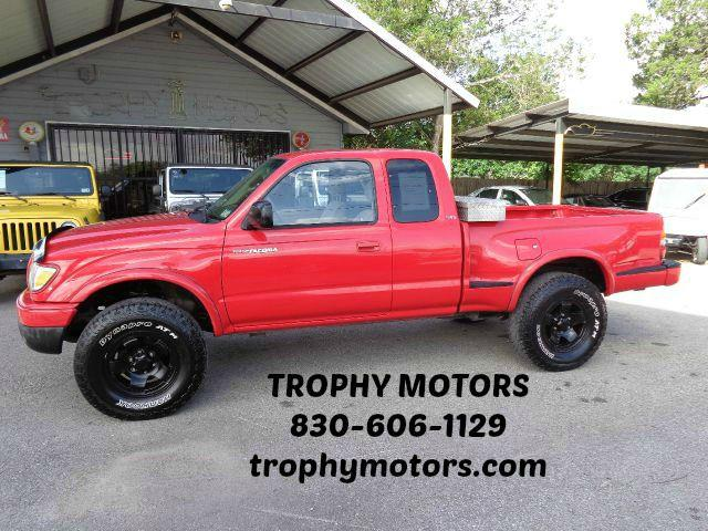 Used 2002 toyota tacoma v6 in new braunfels tx at trophy for Trophy motors new braunfels