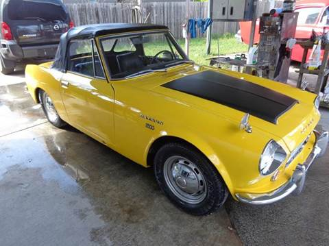 Datsun for sale texas for Trophy motors new braunfels