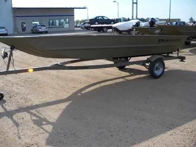 2015 Tracker 1648 Grizzly Flat Jon Boat For Sale In