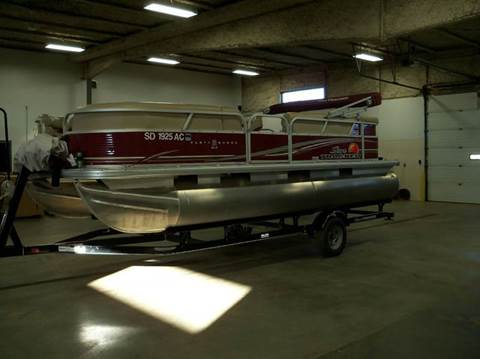 2013 SUNTRACKER PARTY BARGE