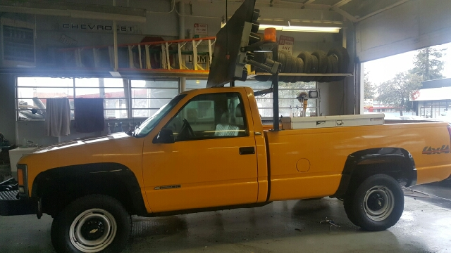 1995 Chevrolet C/K 2500 Series K2500 4WD Cheyenne 2dr 4WD Standard Cab LB - Redwood City CA