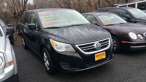 2010 Volkswagen Routan for sale in Garfield, NJ
