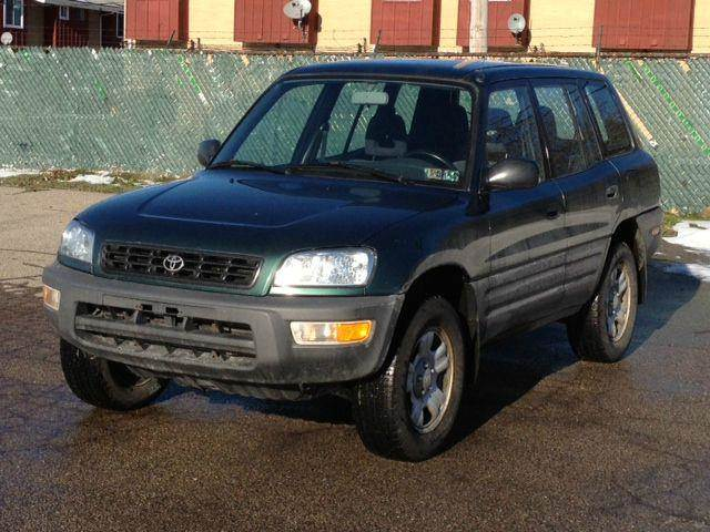 1999 Toyota RAV4 for sale in EUCLID OH