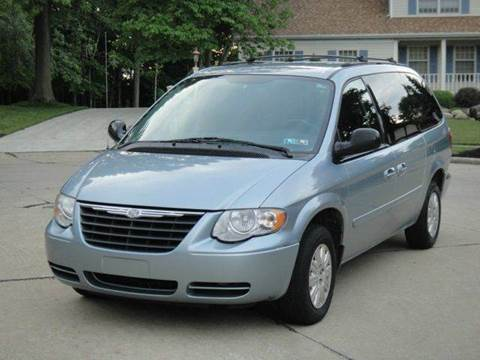 2005 chrysler town and country for sale. Black Bedroom Furniture Sets. Home Design Ideas