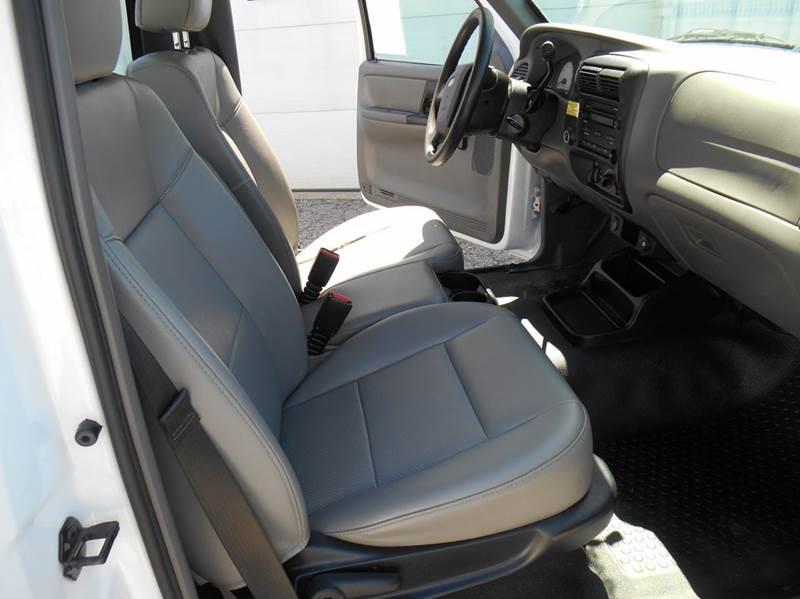 2011 Ford Ranger 4x2 XL 2dr Regular Cab SB - Jenison MI