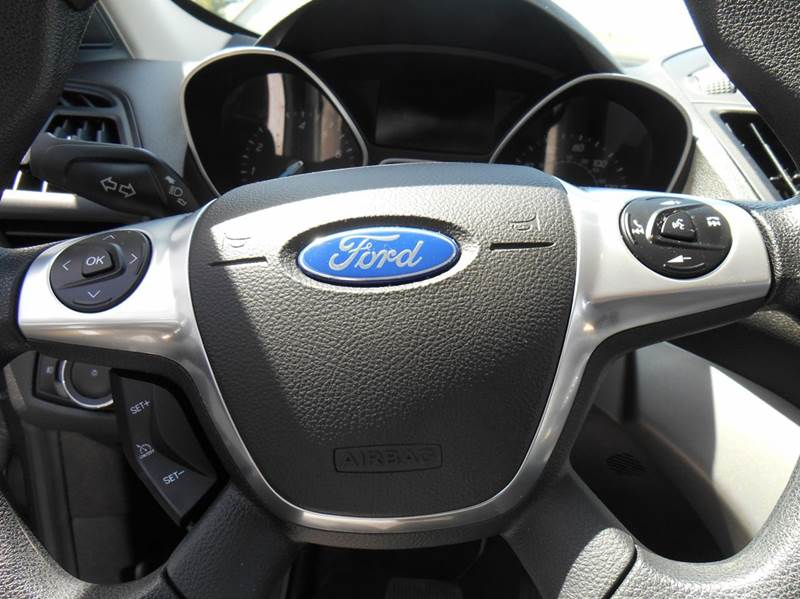 2015 Ford Escape SE AWD 4dr SUV - Jenison MI