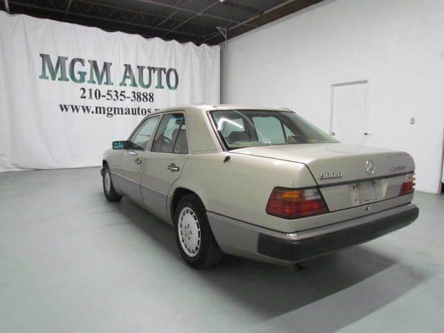 1991 Mercedes-Benz 300-Class 300D 4dr Turbodiesel Sedan - San Antonio TX