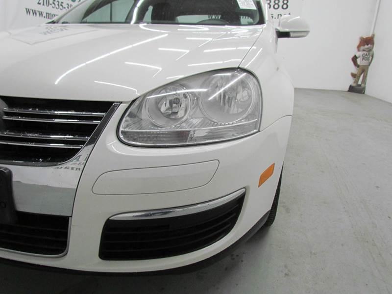 2010 Volkswagen Jetta SEL 4dr Sedan 6A - San Antonio TX