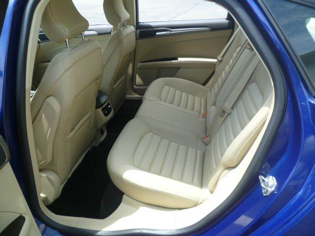 2015 Ford Fusion Hybrid SE 4dr Sedan - Racine WI