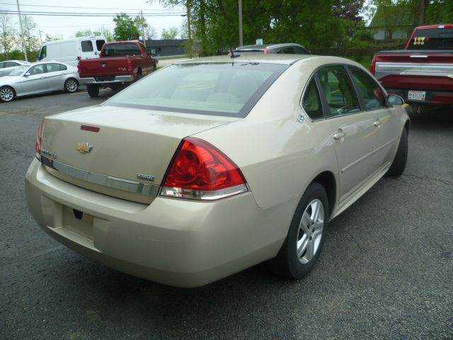 2009 Chevrolet Impala LS 4dr Sedan - Racine WI