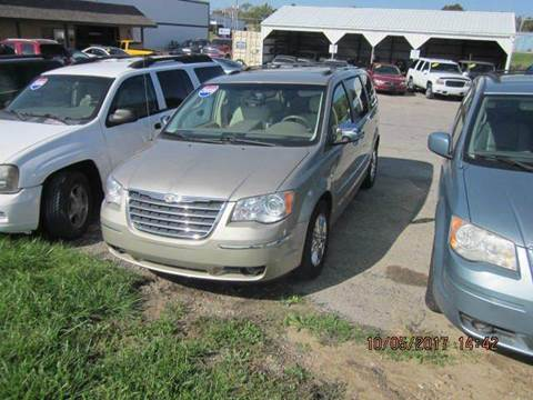 2008 Chrysler Town and Country for sale in Kendallville, IN