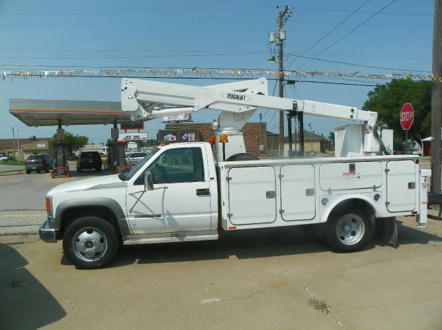 1998 Chevrolet C3500 bucket truck 35 ft