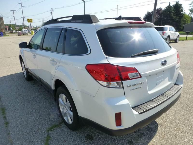 2011 Subaru Outback AWD 2.5i Limited 4dr Wagon - Holland MI
