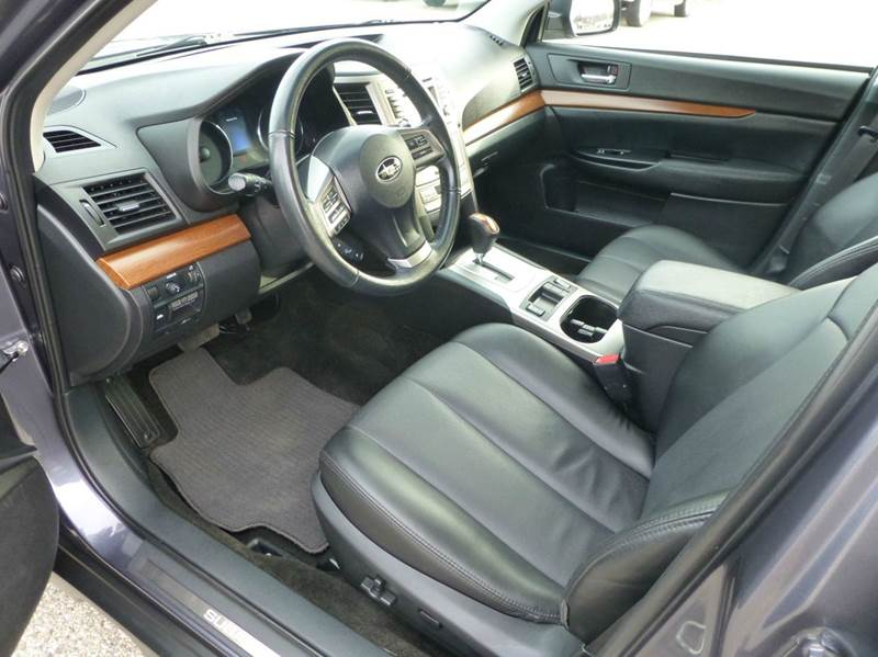 2014 Subaru Outback AWD 2.5i Limited 4dr Wagon - Holland MI