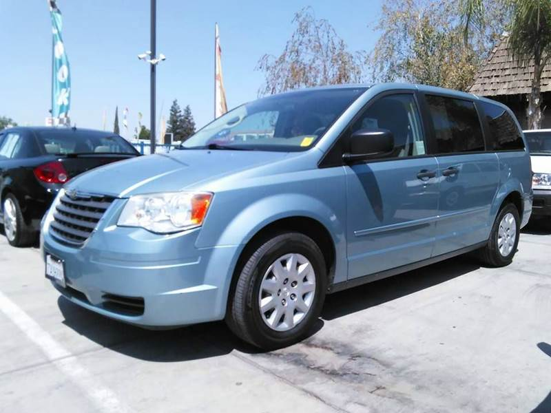 2008 chrysler town and country lx 4dr mini van in madera ca bonanza motors. Black Bedroom Furniture Sets. Home Design Ideas