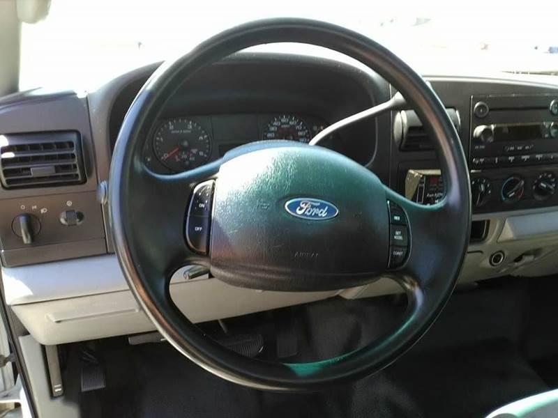 2006 Ford F-350 xl - Madera CA