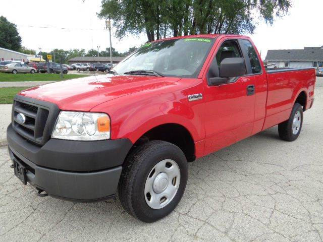 2007 ford f 150 xl 2dr regular cab 4x4 styleside 6 5 ft sb in waukesha wi ideal auto sales inc. Black Bedroom Furniture Sets. Home Design Ideas