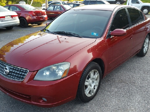 2005 Nissan Altima for sale in Ona, WV